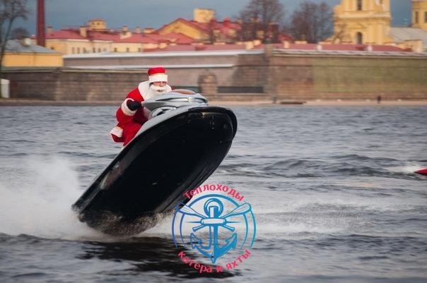 Катание на гидроциклах в Санкт-Петербурге